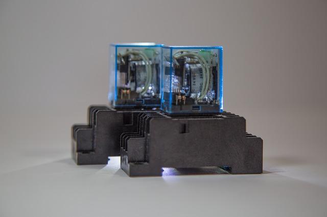 elektronický relé