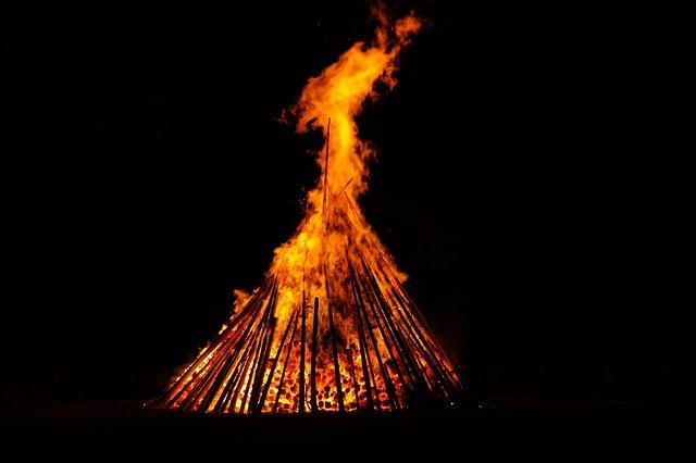 otevřený oheň